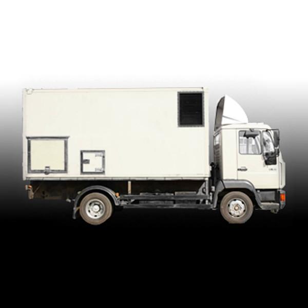 100 kW CATERPILLAR + Lighting Truck